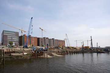 Bauarbeiten am Elbtorquartier in der Hamburger Hafencity 2011