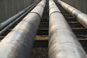 Thick metal pipeline