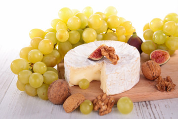 camembert and grape