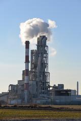 Dym z komina fabryki - fototapety na wymiar