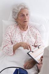Patient senior Hopital