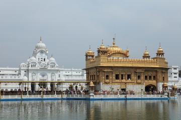 Der Goldene Tempel von Amritsar in Indien