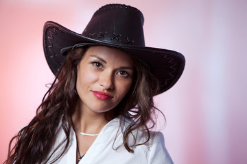 Woman with cowboy hat