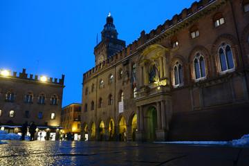 Fotobehang Artistiek mon. Accursio Palace Bologna, Italy