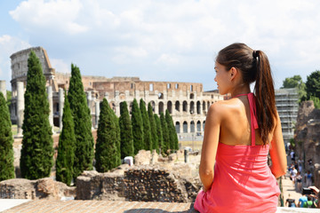 Wall Mural - Italy travel - Woman tourist at Coliseum, Rome