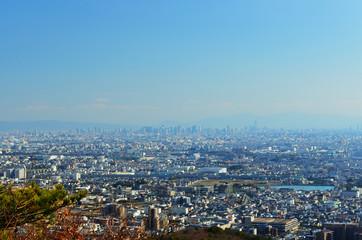 宝塚市から大阪方面の街並み