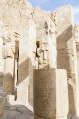 Columnas  y capiteles del Templo de Hatshepsut, Egipto.