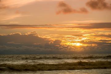 couché de soleil sur le pacifique - Costa Rica
