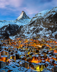 Fotomurales - Aerial View on Zermatt Valley and Matterhorn Peak at Dawn, Switz