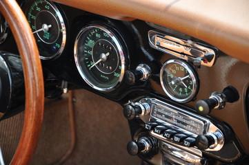 Cockpit Oldtimer 2