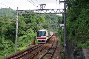 山奥を走る神戸電鉄