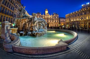 Lyon place de l'hôtel de ville