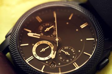 Elegant casual watch