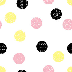 Cute polka dot. Seamless pattern.