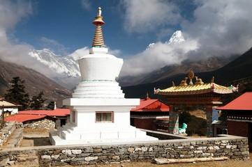 Stupa, Ama Dablam, Lhotse and Everest from Tengboche