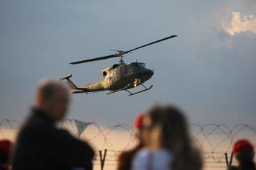 elicottero spettacolo
