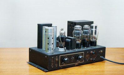 retro tube amplifier 1920 year