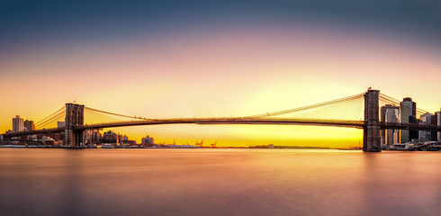 Fototapete - Brooklyn Bridge panorama at sunset