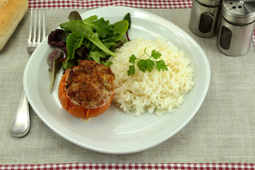 tomate farcie et riz