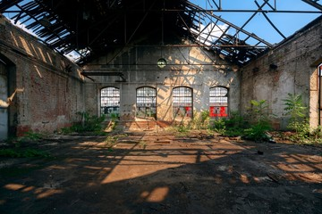 Fototapete - Industrial interior with bright light