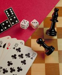 Variedad de juegos de azar y ocio.
