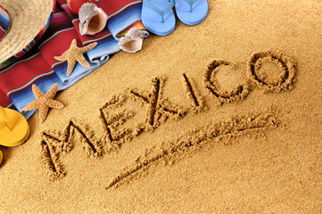 Spoed Fotobehang Mexico Mexico beach writing