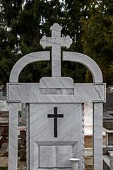 Type of funeral cross 17