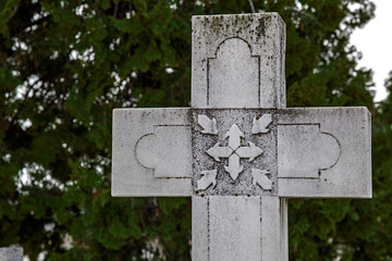 Type of funeral cross 22