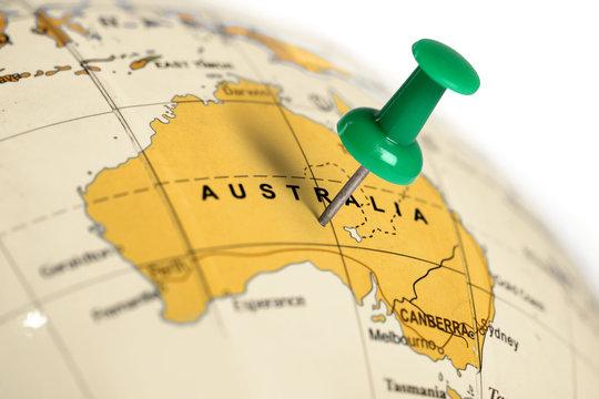 Location Australia. Green pin on the map.
