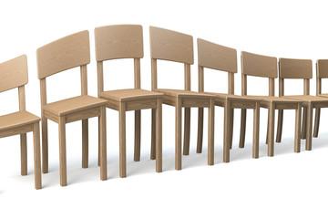 Reihe deformierter Holzstühle, La Ola