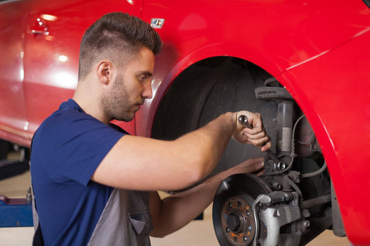 Repairing a car suspension