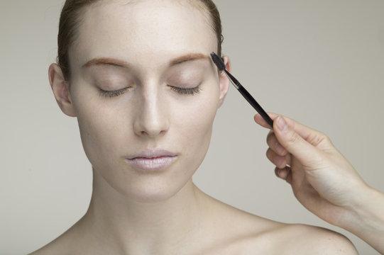 Eyebrow brush, cosmetic, Western women