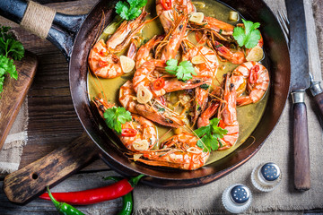 Tasty prawns with garlic and red peppers