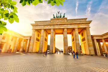 Photo sur Aluminium Berlin Brandenburg gate at sunset