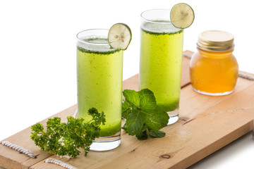 Parsley and mint juice