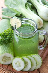 Lettuse, Pokchoy and cucumber juice