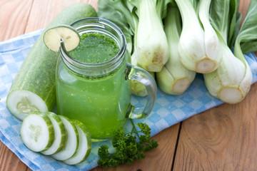 Lettuse, Pokchoy and cucumber juice