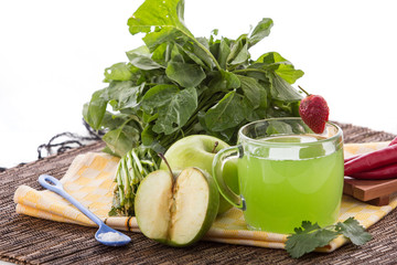 Apple and green spinach mix juice