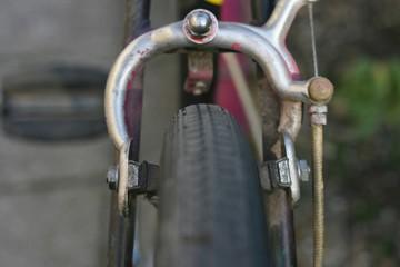 Retro bicycle breaks, single pivot side-pull caliper brake