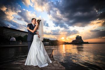 groom, bride, sunset, beach