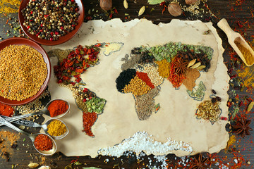 Foto auf AluDibond Gewürze 2 Map of world made from different kinds of spices