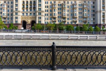 Cast iron lattice in Moscow