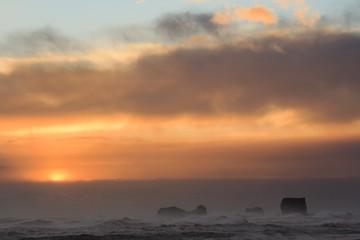 Il mare in Islanda: nuvole e sole