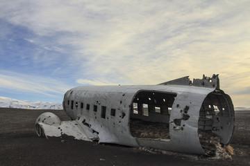 il relitto aereo  precipitato a Sólheimasandur in Islanda