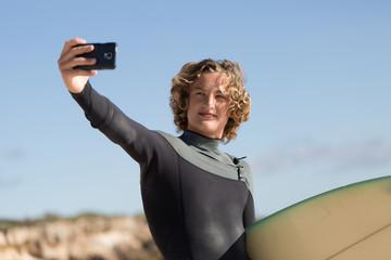 Quick selfie before big surf