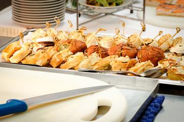 Buffet - Catering, Gemüsemuffins und Blätterteigschnecken