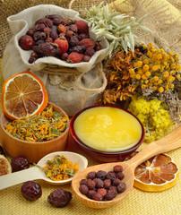Сalendula flower, oats, immortelle flower, tansy herb, honey, w