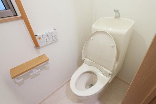 住宅のトイレ