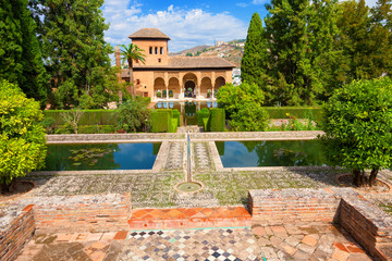 Wall Mural - Alhambra de Granada. El Partal, amazing garden with some ponds