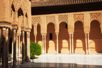 Wall Mural - Alhambra de Granada. Gallery in the Court of the Lions